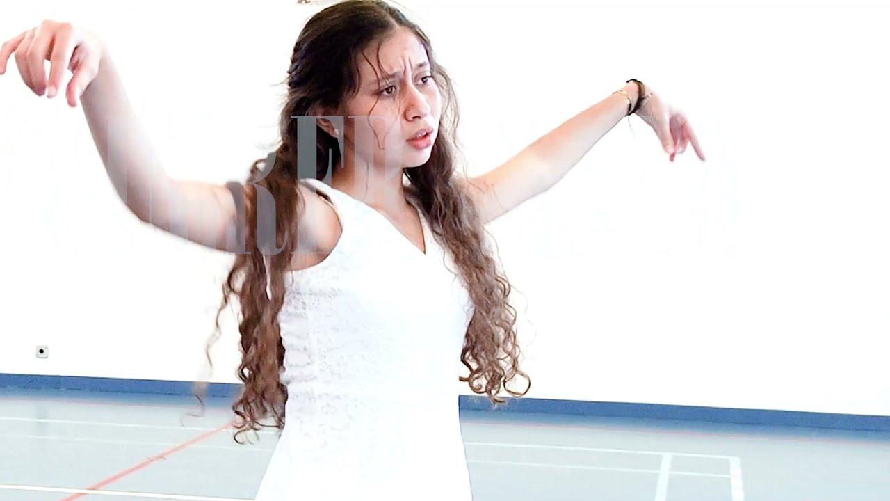 """Dia de Portugal - """"Lágrima"""", por Joana Hilário, aluna do Grupo Dança do Desporto Escolar"""