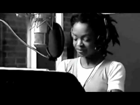 Lauryn Hill Turn ligths down low - studio