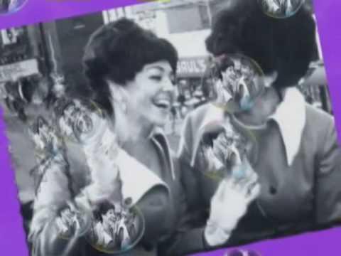 yiddish songs THE BARRY SISTERS Vie Nemt Men A Bissele Mazel
