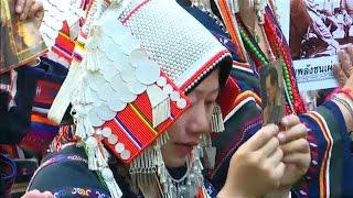 กลุ่มชาติพันธุ์ 41 ชนเผ่า ประกอบพิธีถวายความอาลัย ในหลวง ร.๙