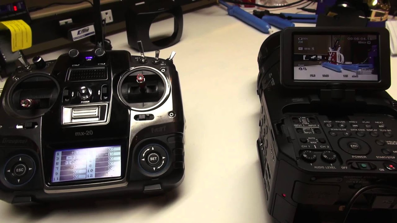 Quadrocopter Tutorial - Remote Zoom with the Sony FS700 and 18-200 power  zoom with LANC