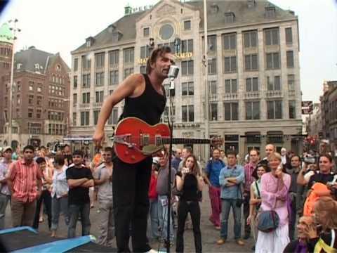 Blijburg moet blijven demonstratie amsterdam 2005 youtube for Demonstratie amsterdam