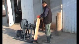 Repeat youtube video kúpos rönkhasító gép méteres fához