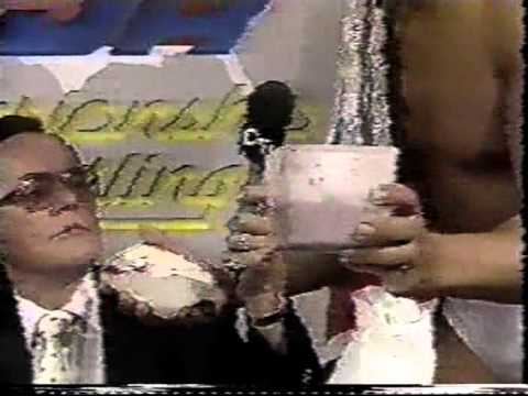 Gordon Solie doesn't like spicy food