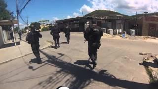 Policias da Core fazem operação na Vila Aliança