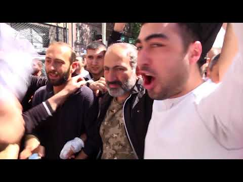 Armenian Opposition Leader Pashinian Released, Rejoins Protests