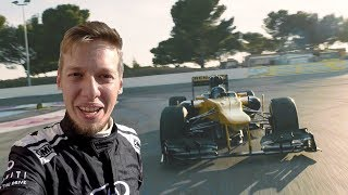 Subscribe! http://bit.ly/subscribetomarchettino - i'm still struggling to believe this happened for real! i've been invited by infiniti join the renault f...