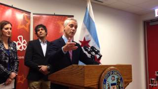 Mayor Emanuel speaks at opening of Yelp office in Merchandise Mart