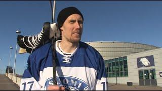 Marko Anttila, kenen kanssa lähtisit pelaamaan pipolätkää jos saisit valita kenet tahansa?