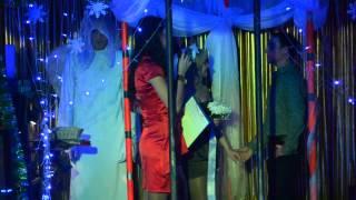 Невеста любой ценой  Венчание на сцене