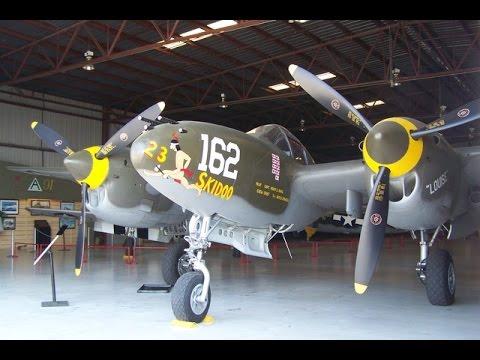 """Lockheed P-38 """"Lightnings"""" über den """"San Juan Islands"""""""