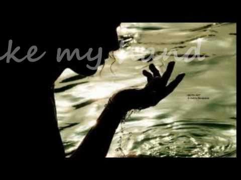 Ingrid Michaelson  Can't help fallin in love (lyrics)
