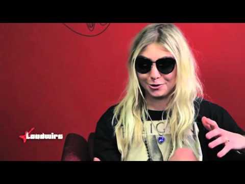 Taylor Momsen - Wikipedia: Fato ou Ficcção