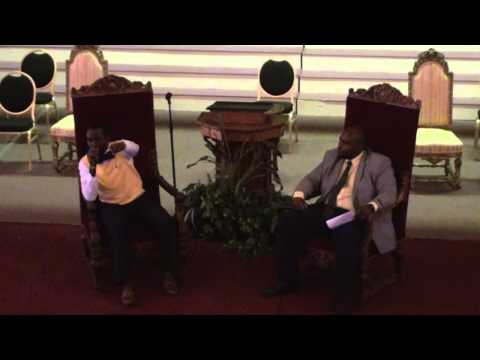 Larry Shaw Speaks At Virginia University Of Lynchburg Convocation