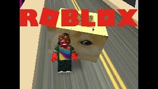 C'est UN PILE UP! Jouer Ride a Box à Roblox!