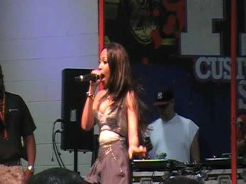 Teairra Mari Performing LIVE! - Girl Feel & Sponsor.MOD