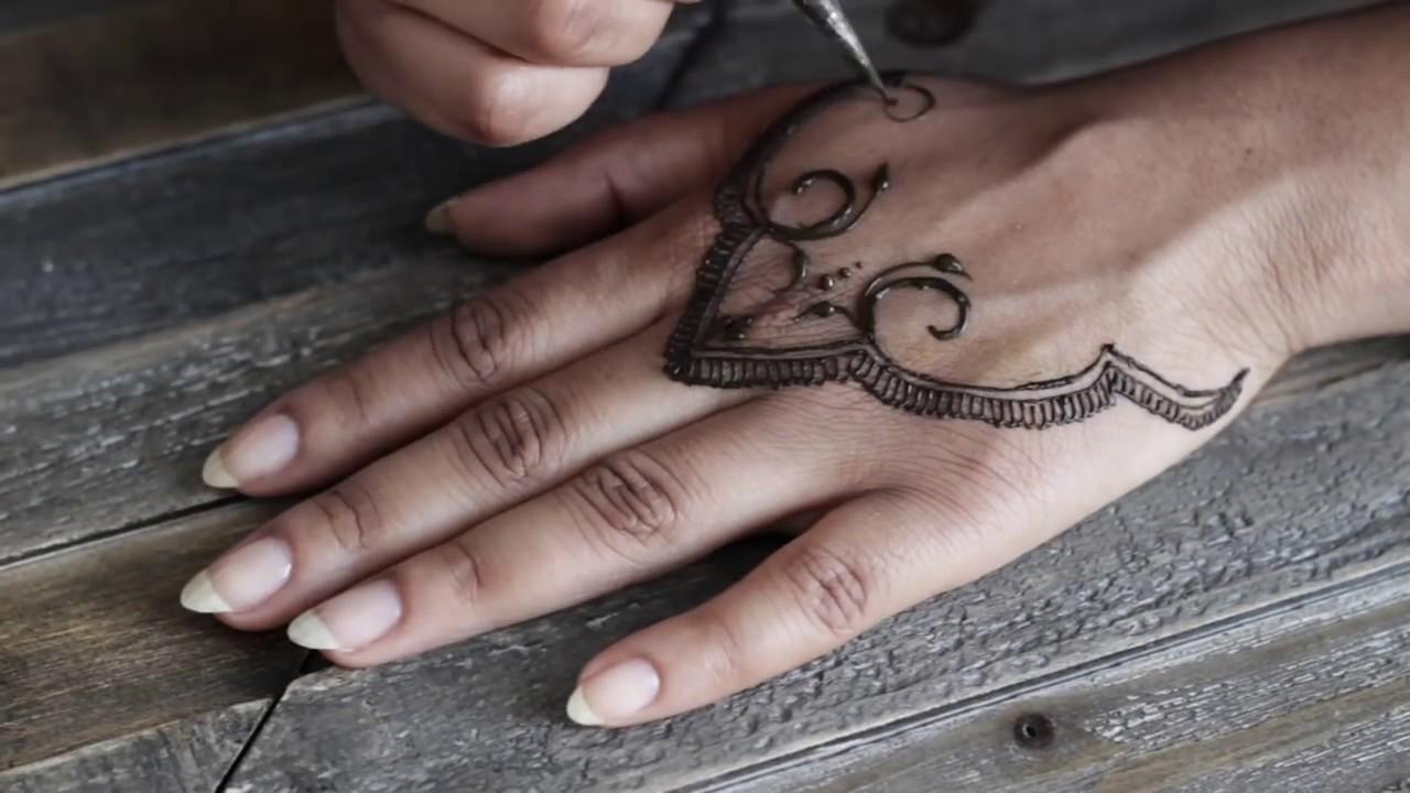 Diy Henna Tattoo Abetweene Youtube