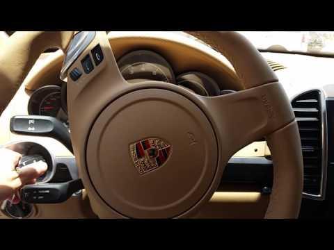 Porsche Cayenne recebendo câmera frontal e de ré da Star Motors Rio