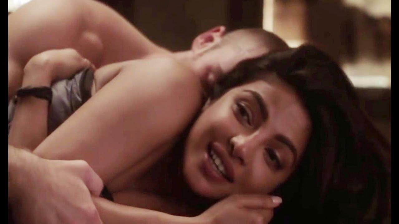 priyanka-chopra-in-fashion-sex-scene-two-pantyhose-pussy