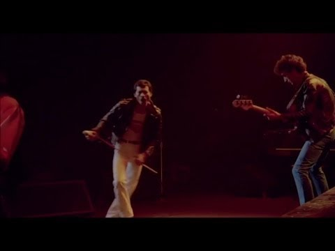 Queen - Let Me Entertain You (Live at Montreal)