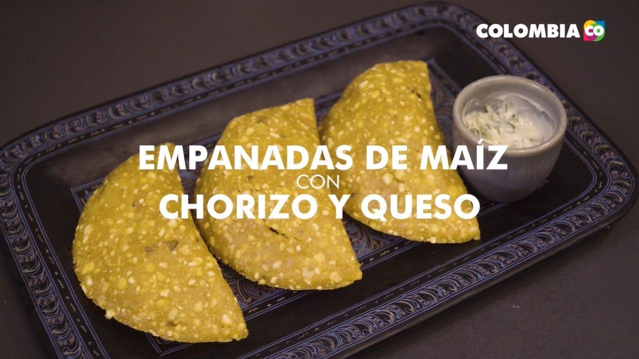 Comida colombiana: empanadas con chorizo y queso por El Man de los Chorizos