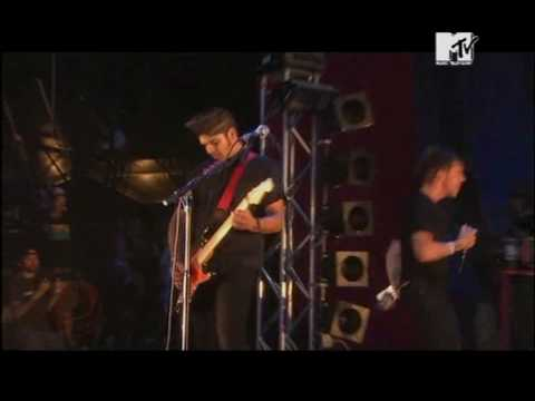 Billy Talent - Live 2008 - 07 - Cut the Curtains.avi