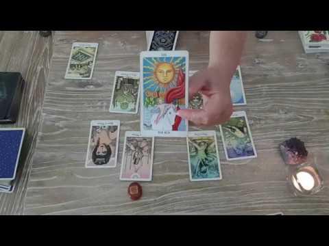 מה צפוי לקשר שלכם? 4 פריסות קלפים עם תשובות