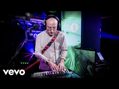 Bombay Bicycle Club - Lose You To Love Me In The Live Lounge