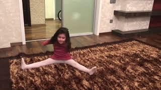 Гимнастика дома дети - Мелиса, Нур, Хакан