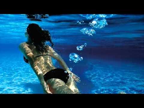 girl farts in pool youtube