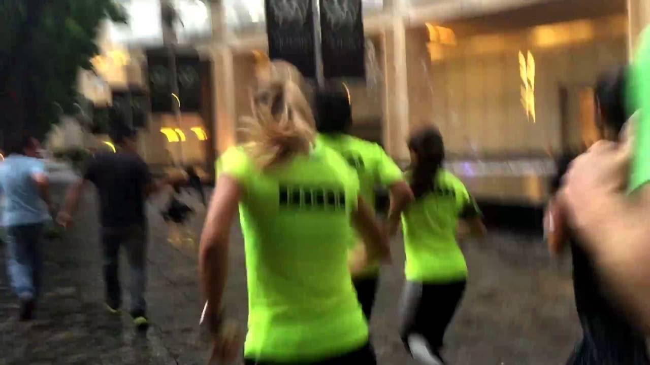 Paula Radcliffe en México - YouTube 04a9f3a90bf4b