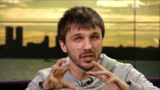 Российский телеведущий пригласил зрителей ETV+ на флешмоб