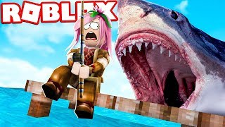 THE GIANT SHARK WANTS TO EAT US! - ROBLOX