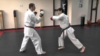 Тактика ведения боя в каратэ. Как улучшить ведение боя в каратэ(Здравствуйте, это Уэда Масару! Продолжаем тему прошлой недели «Тактика ведения боя в каратэ»: в прошлый..., 2015-11-25T10:12:56.000Z)