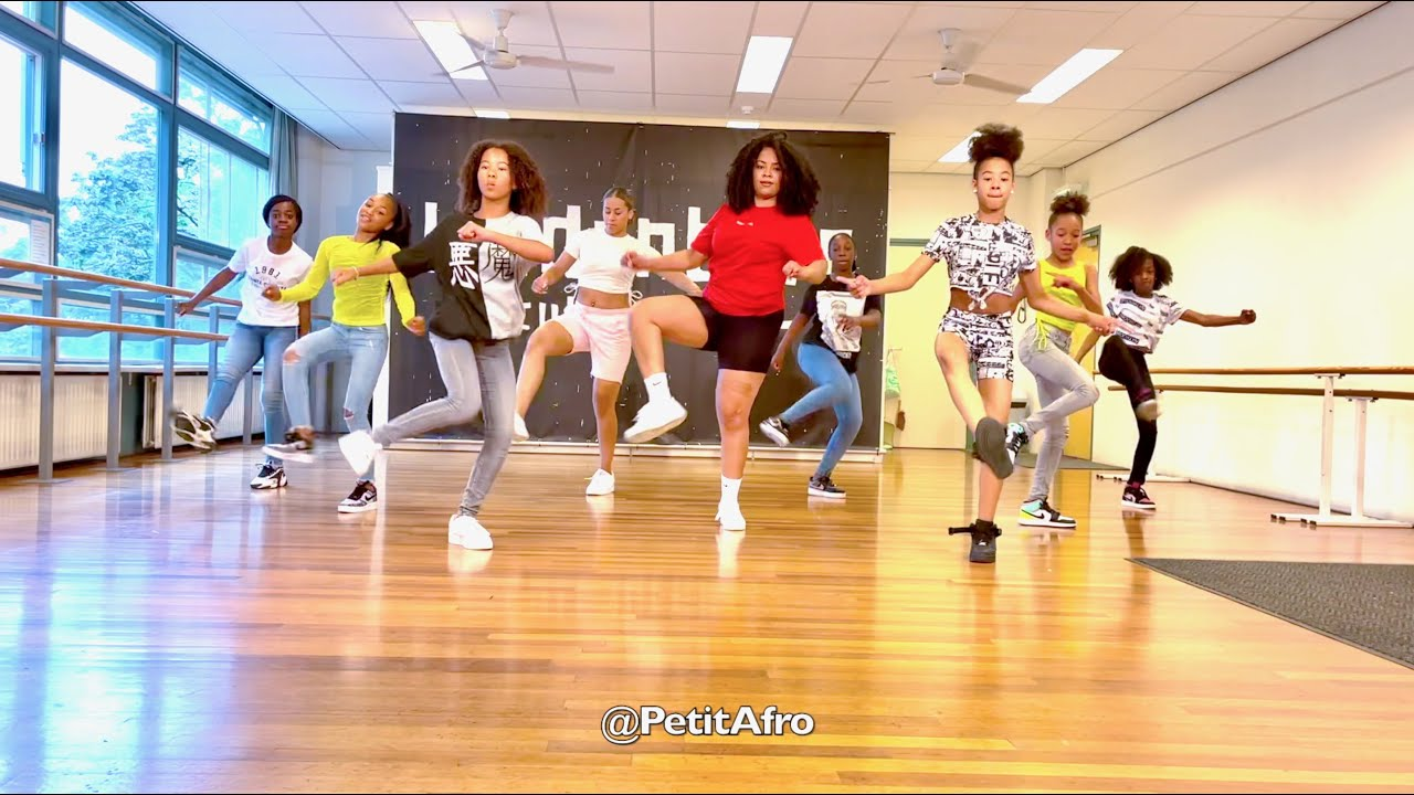 Download Petit Afro Présents - Afro Dance 2. TO BE CONTINUED  || Beat By LeoKarlo Production