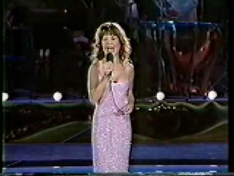 Pia Zadora singing