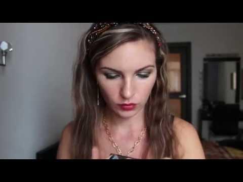 Прическа и макияж в стиле ретро | Минеральные тени