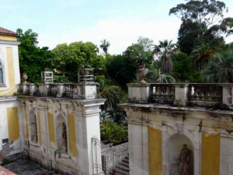 Palazzo reale reggia di portici portici youtube for Foto di portici in pietra