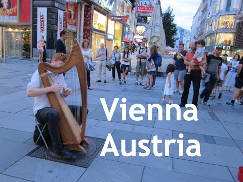 Johnny's 2 Minute Tour of VIENNA, Austria Part 1