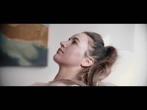 Vampire Facial, Sarah Hamilton FACE - #DAILYREEL 047