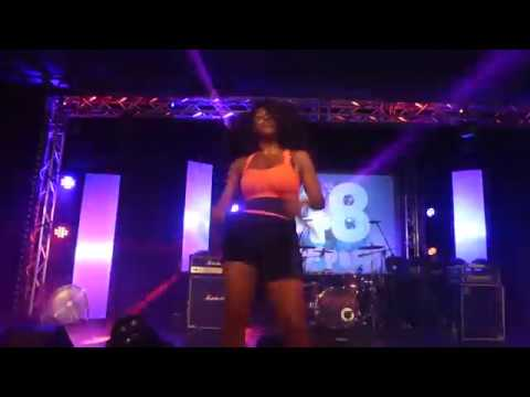 Cleopatra -  Cleopatra's Theme ( Pontins Camber Sands  90s & 00s Weekender ) mp3