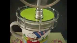 JA Model-Low Temperature Stirling Engine running on hot water-moteur de stirling-