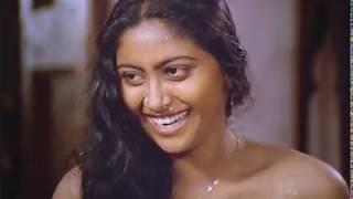 Кай Kodukkum Кай Tamil Full Movie   Rajinikanth   Revathy   Ilaiyaraja   Центр Seat