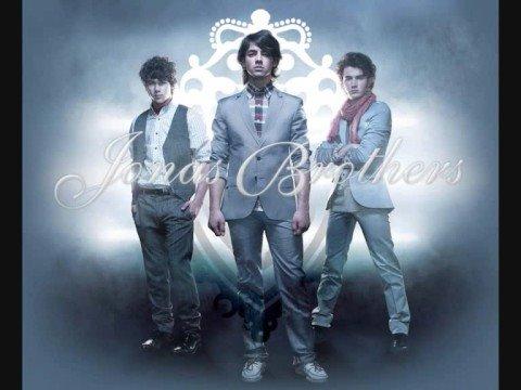 Jonas Brothers- Burnin Up (NO RAP VERSION) (HQ) Full