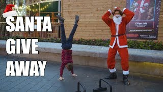 FIT SANTA MAKES PEOPLE WORKOUT FOR PRESENTS - ABNORMAL BEINGS GIVEAWAY