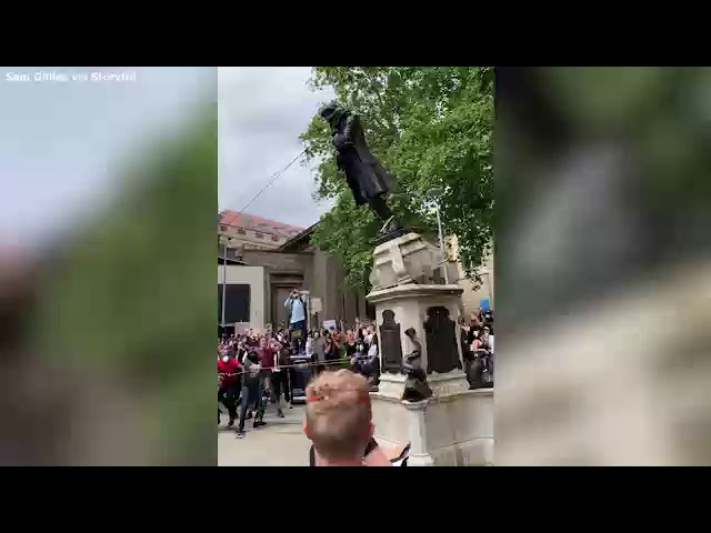 The Statues Are Falling!