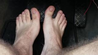 Muscular Feet Play With Pedal  [male man foot feet fetish]