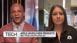 Apple's Podcast subscription escaĮates battle with Spotify: WSJ's Joanna Stern