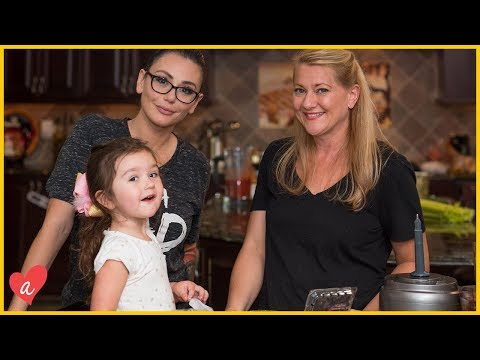 HEALTY COOKING WITH THE MATHEWS | Jenni & Roger: Domesticated | Awestruck