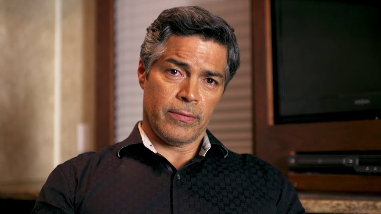 #AskDusk: Esai Morales | From Dusk Till Dawn: The Series ...